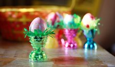 Aunt Peaches: Fancy Egg Cups for Twelve Cents