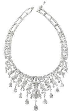 Necklace Collection Secrets et Merveilles platinum with diamonds of various sizes, from Cartier .