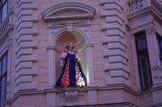 Буковинський край: Перевдягання «Європи» у Чернівцях: статуя традицій...
