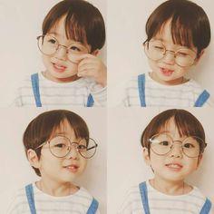 Cute BTS kookie mini me! Cute Asian Babies, Korean Babies, Asian Kids, Cute Babies, Cute Baby Boy, Cute Boys, Baby Kids, Ulzzang Kids, Cute Baby Pictures