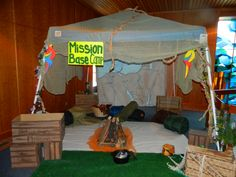 Decorating Ideas for Journey off the map VBS - Yahoo Image Search Results Safari Party, Safari Theme, Jungle Theme, Jungle Safari, Safari Decorations, School Decorations, Class Decoration, Camp Out Vbs, Everest Vbs