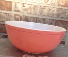 Gorgeously Shiny & Awesome Vintage PINK Pyrex 404 Large 4 Quart Mixing / Nesting bowl - Excellent Used Condition - A personal favorite from my Etsy shop