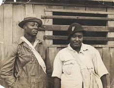 Cotton pickers receiving sixty cents a day, Pulaski County, Arkansas, October 1935.. Shahn, Ben -- Photographer. October 1935