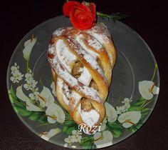 Rozi Erdélyi konyhája: Bolyhos kenyér/alma-dió töltelékkel French Toast, Bread, Breakfast, Cukor, Food, Morning Coffee, Brot, Essen, Baking