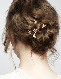 Daisy bobby pins