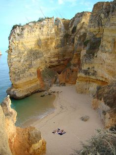 Dona Ana Beach, near Lagos Algarve Portugal Vacation Places, Dream Vacations, Places To Travel, Places To See, Visit Portugal, Spain And Portugal, Portugal Travel, Places Around The World, Beach Trip