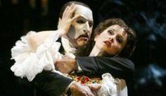 巴黎劇院著火 「歌聲魅影」撞邪傳聞再起