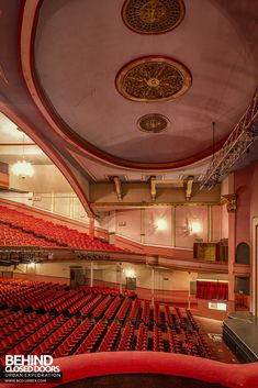 The Futurist Theatre in Scarborough was built in 1921 and was expanded and remodelled over the years until its closure in Old Abandoned Houses, Abandoned Places, Old Houses, Scarborough England, Old Mansions, Unusual Homes, Classical Architecture, Old Barns, North Yorkshire