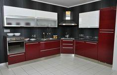 Cucina rossa moderna 13