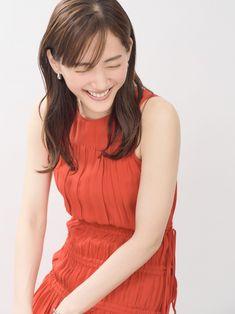 Soft Classic, Interview, High Neck Dress, Short Sleeve Dresses, Singer, Actresses, Cute, Model, Asia