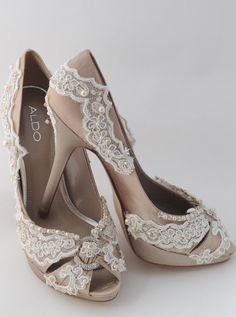 Vintage Look With Heels - Click for More...