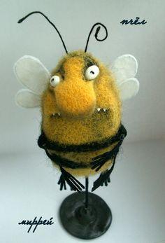 Ручная работа пчёл