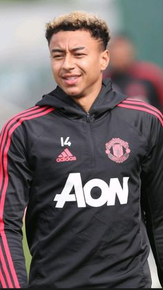 Jesse Lingard of Manchester United in action during a first team training session at Aon Training Complex on September 2018 in Manchester, England. Manchester United Training, Manchester United Football, Football Is Life, Football S, Real Madrid, Man Utd Fc, Dark Skin Boys, Jesse Lingard, Famous Sports