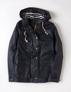 I've spotted this @BodenClothing Sussex Weekend Anorak Navy