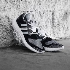 "SneakerTruth on Instagram  ""Save a massive £95 on the Y-3 PureBOOST  Trainers🔥 ➡ LINK IN BIO TO COP  adidas  y3  boost  deal"" 05c21bd19"