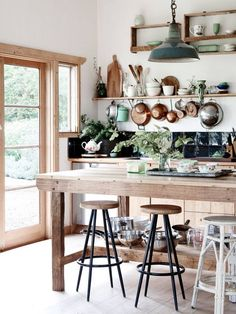 Kitchen Interior Design - Farmhouse Kitchen Inspiration - Pursue your dreams of the perfect Scandinavian style home with these inspiring Nordic apartment designs. Farmhouse Kitchen Inspiration, Rustic Kitchen, Country Kitchen, Vintage Kitchen, New Kitchen, Kitchen Decor, Eclectic Kitchen, Kitchen Ideas, Family Kitchen