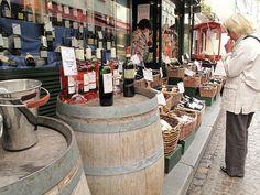 Paris wine shop - Rue Mouffetard | ykplayground