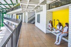 Gallery of Educational Center 'Montecarlo Guillermo Gaviria Correa' / EDU - Empresa de Desarrollo Urbano de Medellín - 2
