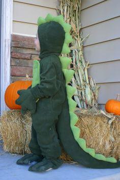 auds & ends: dinosaur costume (mccall Toddler Dinosaur Costume, Dinosaur Halloween Costume, Dino Costume, Halloween Costumes For Girls, Baby Costumes, Dinosaur Party, Costume Ideas, Halloween Crafts For Kids, Holidays Halloween