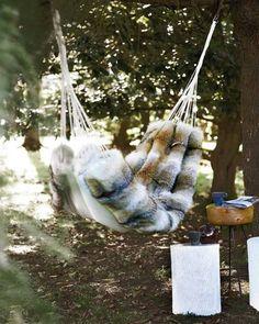 outdoor fur hammock, nice!