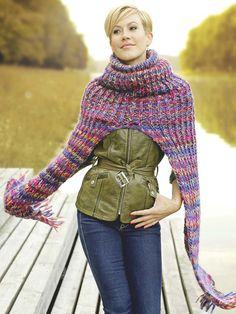 Schauspielerin Wolke Hegenbarth strickt für ihr Leben gerne. Hier zeigt sie uns, wie wir einen Flexi-Schal und eine grün melierte Mütze