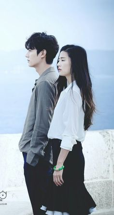 w two worlds Legend Of The Blue Sea Kdrama, Legend Of Blue Sea, Korean Actresses, Korean Actors, Legend Of The Blue Sea Wallpaper, Tori Tori, Korean Drama List, Lee Min Ho Kdrama, Lee Min Ho Photos