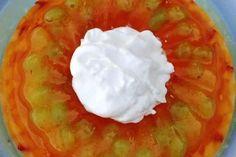 Γλυκό ψυγείου με φρέσκα καλοκαιρινά φρούτα που γίνεται εύκολα και γρήγορα, απλά θέλει το χρόνο του μέχρι να πήξει καλά.