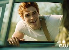 Kj Apa - Archie in the hit show Riverdale on CW Grant Gustin, Tyler Posey, Thomas Brodie Sangster, Kj Apa Riverdale, Riverdale Quiz, Riverdale Cast, James Fitzgerald, Archie Comics Riverdale, Archie Andrews