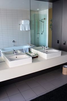 The bathroom of the Executive at Rydges Pent House, Double Vanity, Sink, Bathtub, Bathroom, Home Decor, Sink Tops, Standing Bath, Washroom