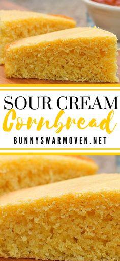 SOUR CREAM CORN BREAD This Sour Cream Cornbread recipe is so moist and delicious. It's super easy to make, the entire family will love it, and it's simply the BEST! Buttery Cornbread Recipe, Sour Cream Cornbread, Honey Cornbread, Homemade Cornbread, Cornbread Recipes, Cornbread Recipe With Canned Corn, Cornbread Recipe Without Baking Powder, Moist Cornbread Recipe Sour Cream, Cream Corn Cornbread Recipe