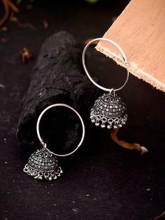 Gold Jhumka Earrings, Indian Jewelry Earrings, Fancy Jewellery, Silver Jewellery Indian, Jewelry Design Earrings, Ear Jewelry, Antique Earrings, Boho Jewelry, Fashion Jewelry