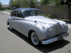Jaguar Mark VII My Dream Car, Dream Cars, Jaguar Daimler, Old Cars, Volvo, Cars And Motorcycles, Cool Pictures, Classic Cars, Automobile