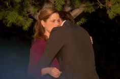 """Of The Cutest Jim And Pam Moments From """"The Office"""" When, after a day of fighting, a hug says so, so much. Pam The Office, Office Uk, The Office Show, Parks N Rec, Parks And Recreation, Jim And Pam Wedding, Hug Gif, Office Memes, Office Quotes"""