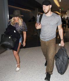 Hilary and new boyfriend Jason Walsh head off to the beach for a mini getaway
