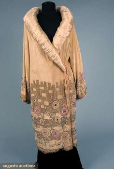 Augusta Auctions, October 2008 Vintage Clothing  Textile Auction, Lot 608: Beaded Silk Velvet Opera Coat, 1920s