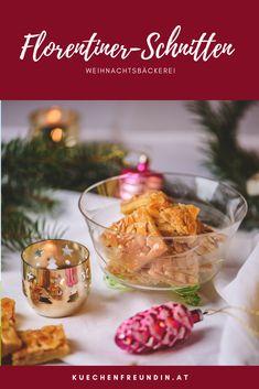 Diese edle Weihnachtsbäckerei ist mit Mürbteig und einem feinen Mandel-Honig-Schlagobers-Belag gemacht. Post, Table Decorations, Breakfast, Home Decor, Advent Season, Honey, Simple, Ideas, Morning Coffee