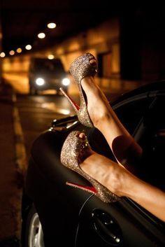 150mm Christian Louboutin Lady Peep-Toe Gold Glitter Heels