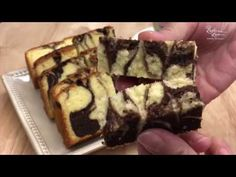 Marble Butter Cake 大理石牛油蛋糕 ~Separated eggs method 蛋白蛋黄分开搅拌法 - YouTube Asian Recipes, My Recipes, Cake Recipes, Cocoa Cake, Marble Cake, Almond Cookies, Recipe Boards, Nigella, Cake Cookies