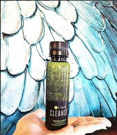 2 day mild cleanse to remove unwanted stored junk from your colon! The average adult person stores between pounds in their colon. Herbal Cleanse, Natural Colon Cleanse, Body Cleanse, Gentle Detox, It Works Distributor, Girls Secrets, Ultimate Body Applicator, It Works Products, Blender Bottle