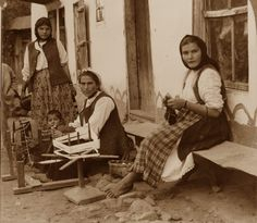 Bulgaria, Peasant Women spinning flax in 1918