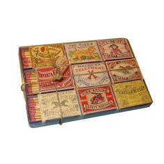 Case Vintage Matches com 9 caixas de fósforo Vintages. vintagecandles@gmail.com www.conceitovintage.blogspot.com www.vintagecandles.mercadoshops.com.br (51)3026.2976
