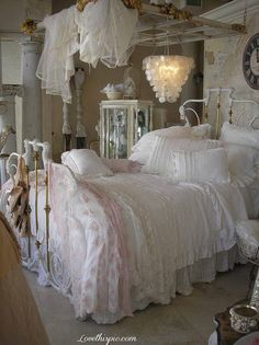 Romantic Vintage Bedroom bedroom home vintage romantic decorate