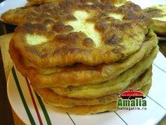 Placinte cu urda si marar prajite Pancakes, Breakfast, Mai, Roots, Morning Coffee, Pancake, Crepes