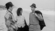 Stranger than Paradise - 1984 - Jim Jarmusch http://7artcinema.online.fr/en_7artcinema_cinema_7art_movie_film_jim_jarmusch_1984_stranger_than_paradise.html