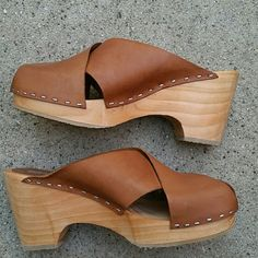 American apparel wood/leather clog new ! American apparel wood bottom clog. .leather upper. .beautiful brown leather. .new without box ***size 7! No trades never worn ..bottom is rubber for a good grip American Apparel Shoes Mules & Clogs