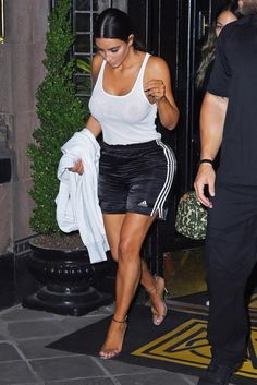 Kim Kardashian turns heads as she goes braless in sheer white tank top: See her racy look! Robert Kardashian, Khloe Kardashian, Kardashian Kollection, Kim Kardashian Photoshoot, Kris Jenner, Kendall Jenner, Kylie, Athleisure, Teen Choice Awards