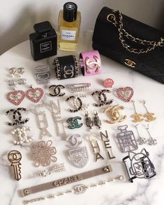 Check out all replica designer handbags and purses in vho. Chanel Jewelry, Jewelery, Fashion Jewelry, Chanel Brooch, Inspiration For Kids, Purses And Handbags, Cheap Handbags, Replica Handbags, Luxury Handbags