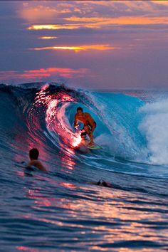 Hang Ten Surfing Decal Surfboard Waves Beach Sand Hawaii Girls Tan Car Truck