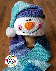 Crochet Baby Mittens Ravelry: Snappy Hooded Snowman Scarf With Mittens pattern by Heidi Yates - Crochet Baby Mittens, Crochet Baby Blanket Beginner, Crochet Snowman, Crochet Kids Hats, Crochet Cap, Crochet Scarves, Crochet Crafts, Crochet Projects, Knitted Hats