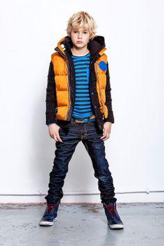 Love the outfit | CKS gevoerde vest Zachary Espresso |  www.kienk.nl | #CKS #jongenskleding #boysfashion #vest